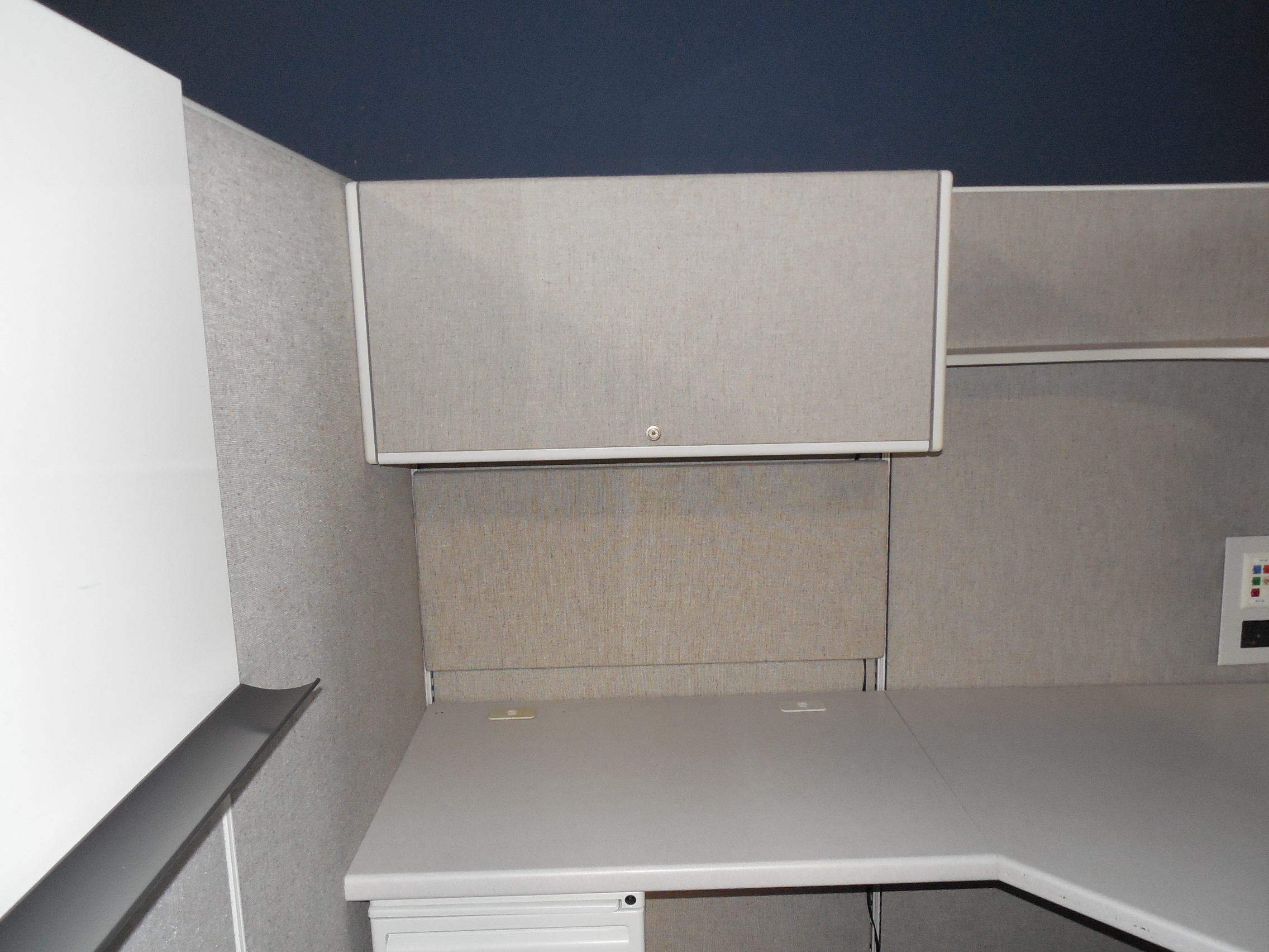Haworth Places Cubicles in Dallas. 6X6