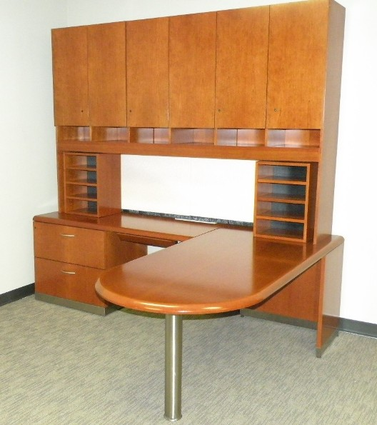 Geiger L- Shape With Hutch In Dallas